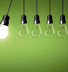 energiesparlampe, gluehbirnen - zum fachtag klima - foto: fotolia, coloures-pic