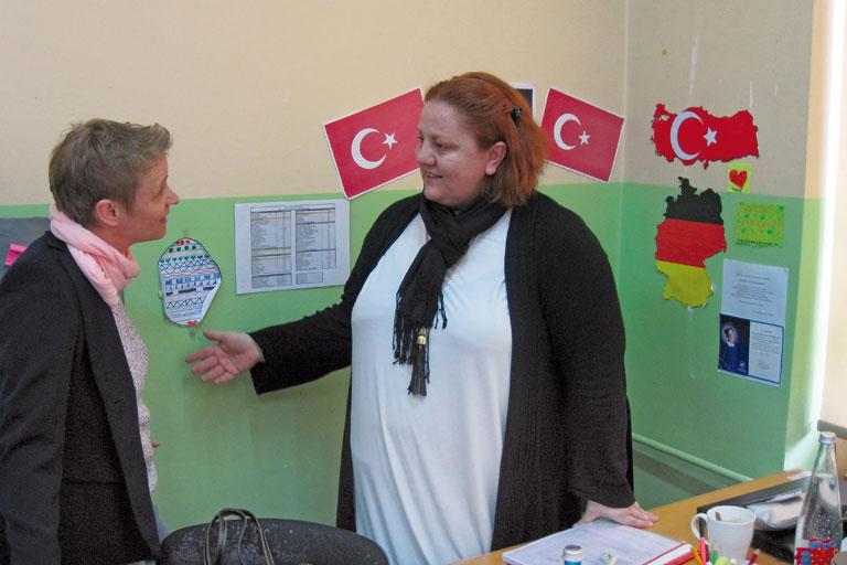 internationaler austausch, besuch an einer tuerkischen schule, foto: paedagogisches institut