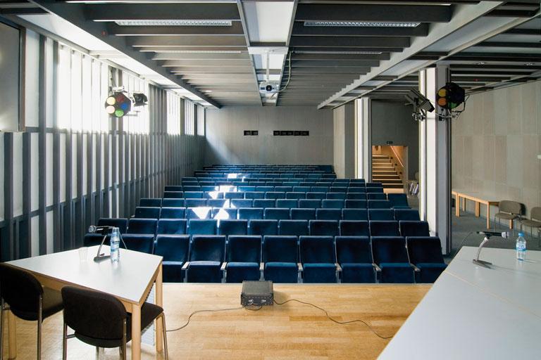 konferenzraum im pi-zkb, foto: bernhard lang